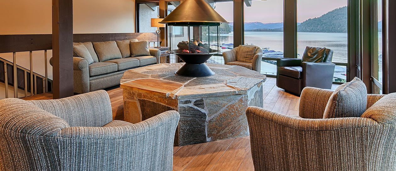 Fireplace Lounge of Granite Peak Management, California
